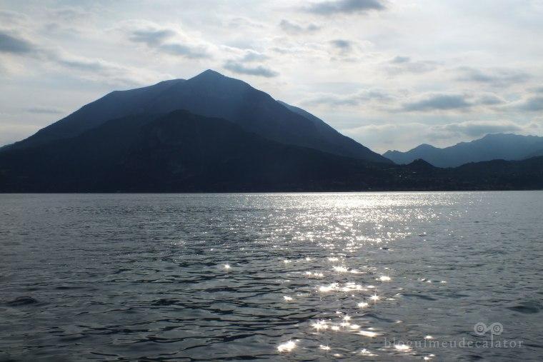 soare la lacul como