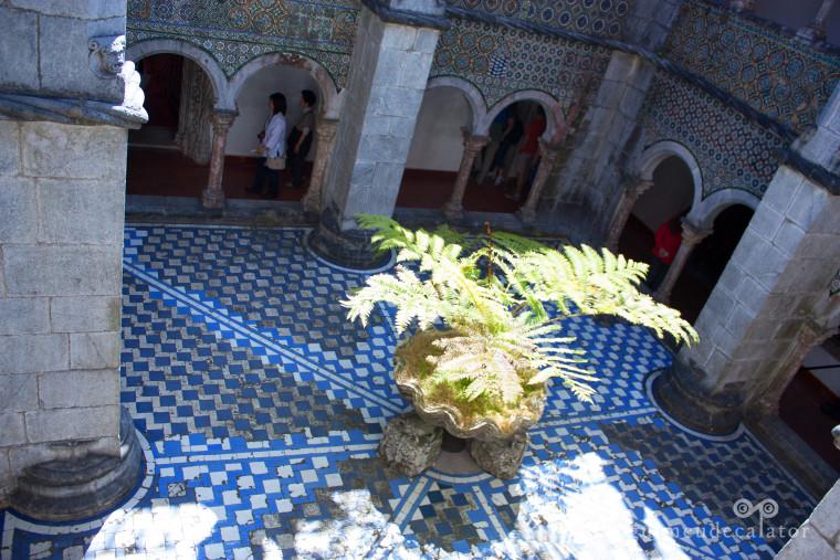 palatul pena-curtea interioara