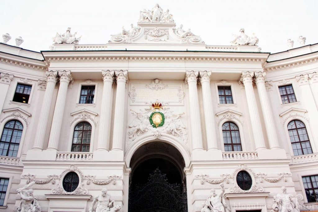 palatul hofburg viena-intrare