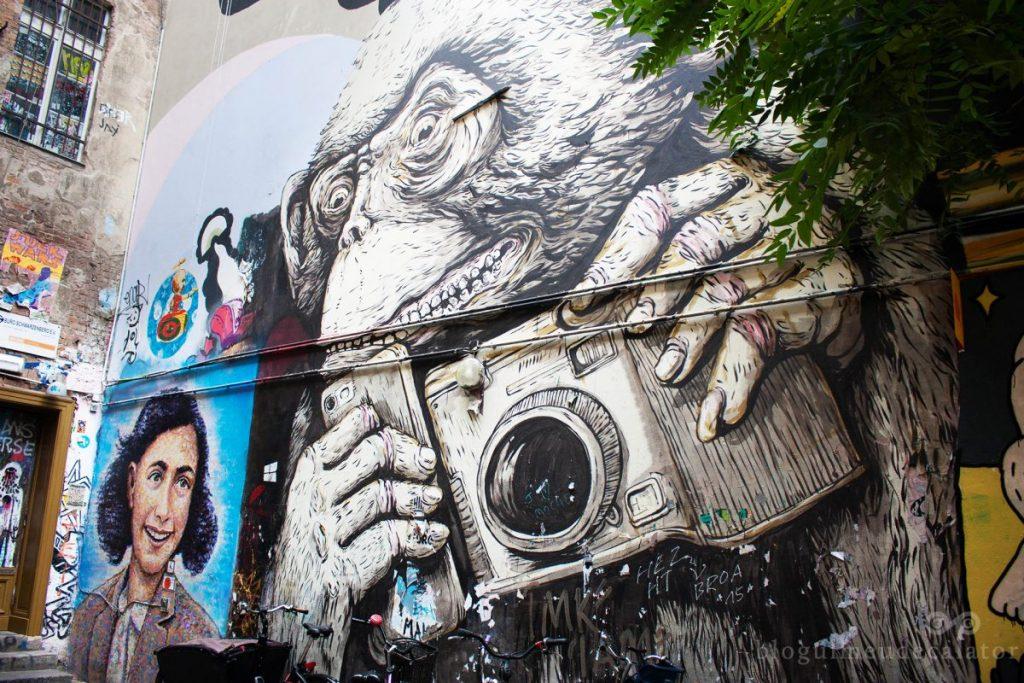 graffiti-la-cafe-cinema-berlin