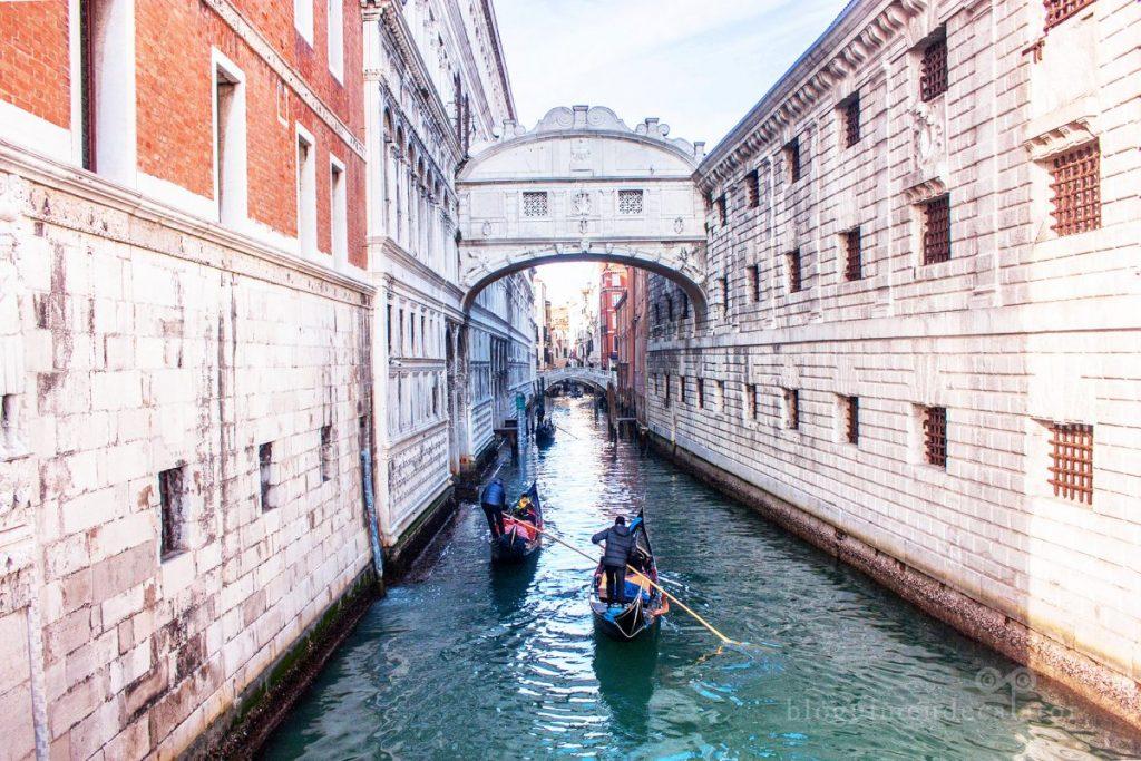 veneția-podul-suspinelor
