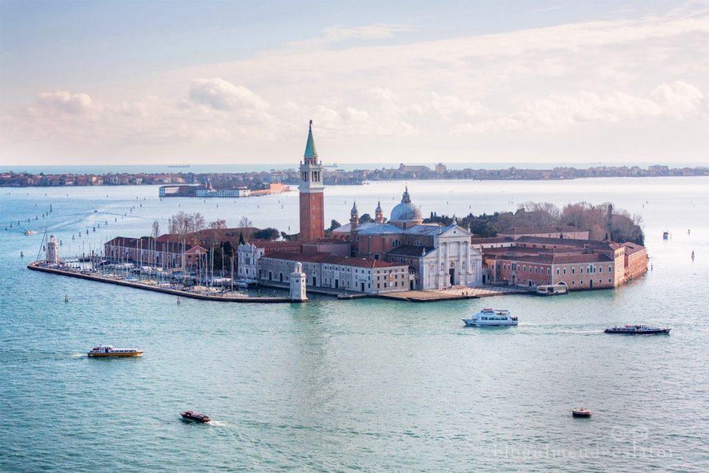 insula-san-giorgio-maggiore-vazuta-din-campanile