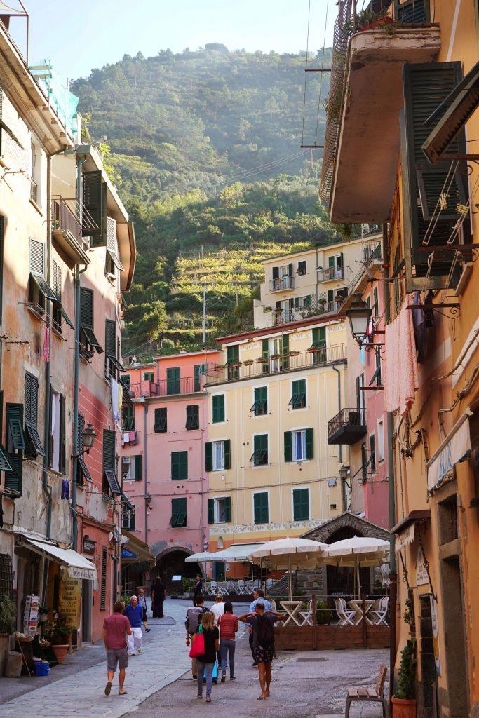 vacanta in Cinque Terre-straduta din Vernazza