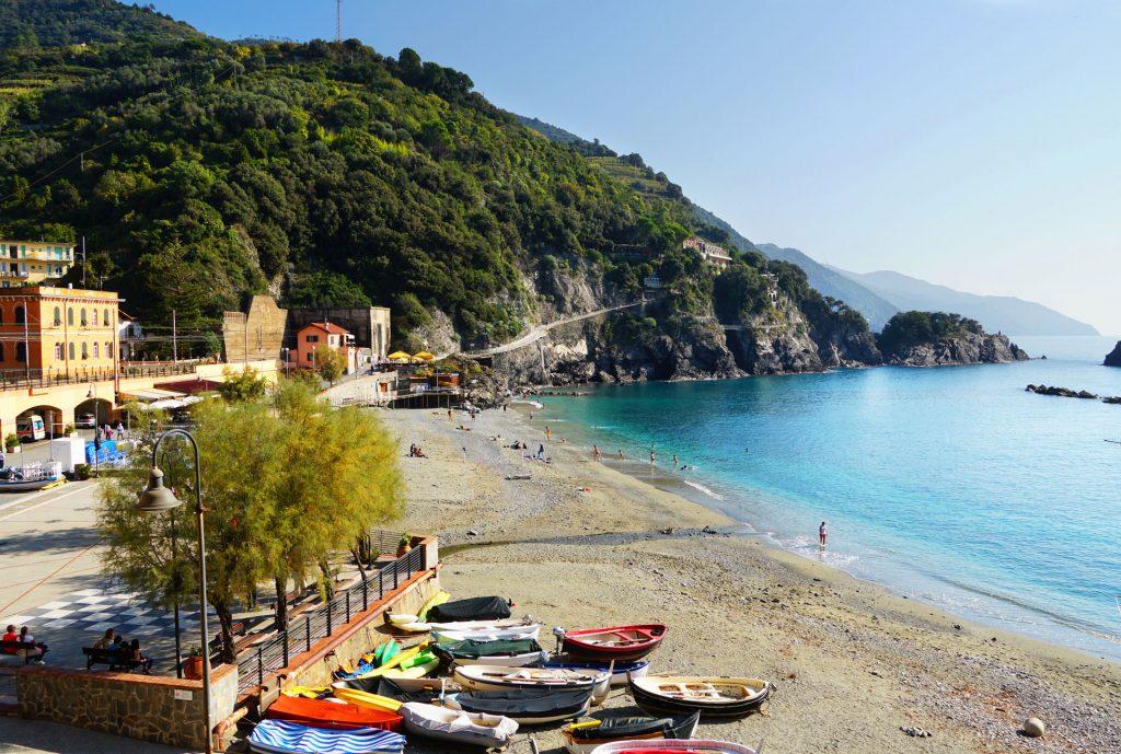 vacanta in Cinque Terre - Plaja din Monterosso