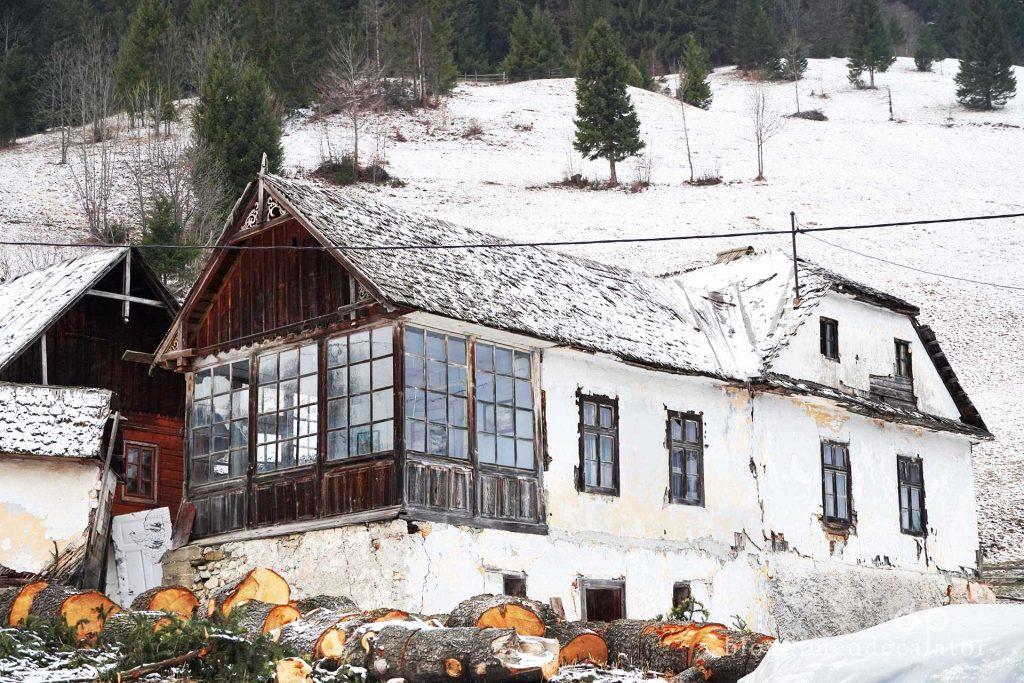 casa inspectorului Tisca din Moeciu de Sus