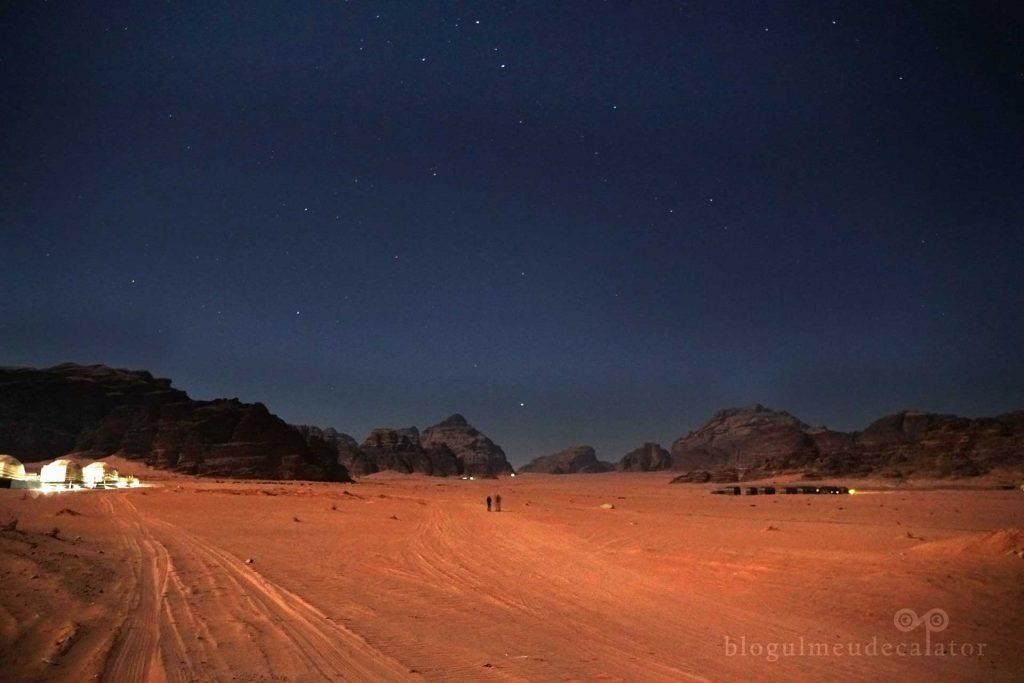 noaptea in desertul wadi rum