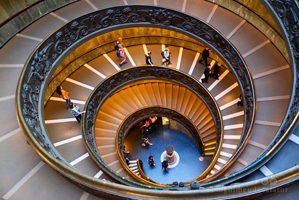 scara spiralata vatican