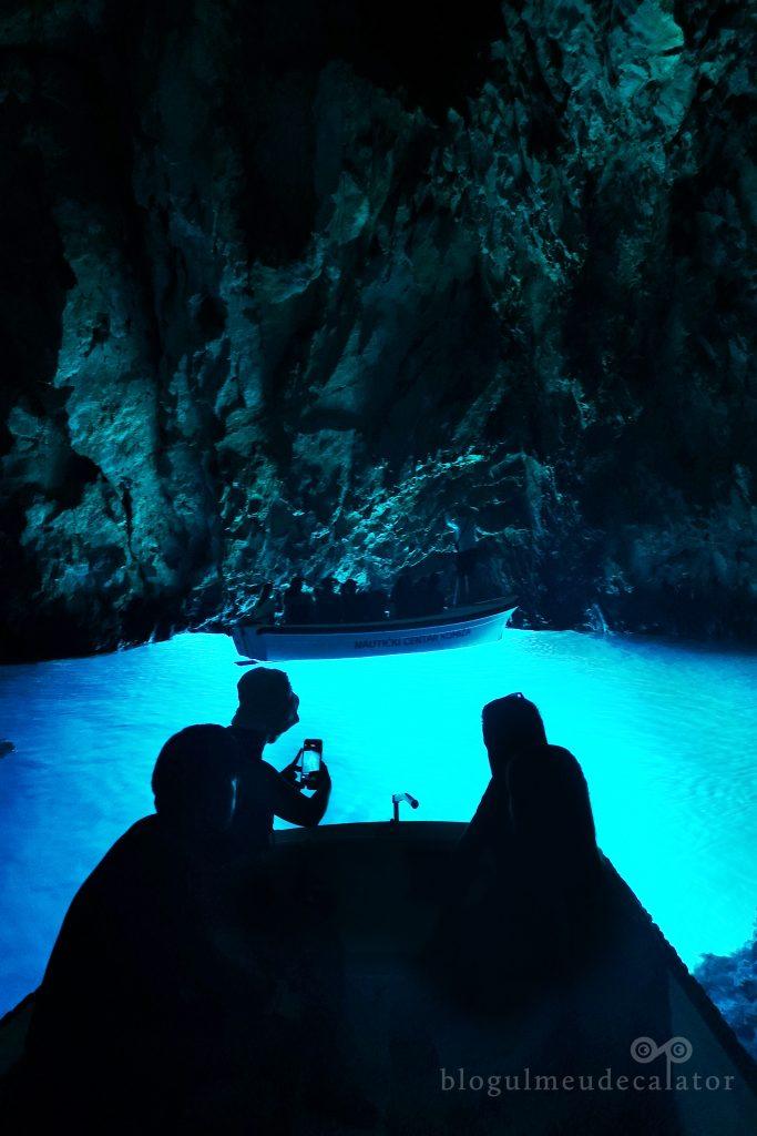 croaziera la Blue Cave pe insula Bisevo