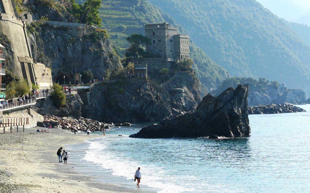 plaja fegina din Monterosso