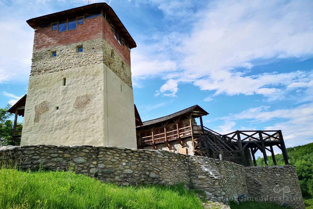 Cetatea medievala Malaiesti